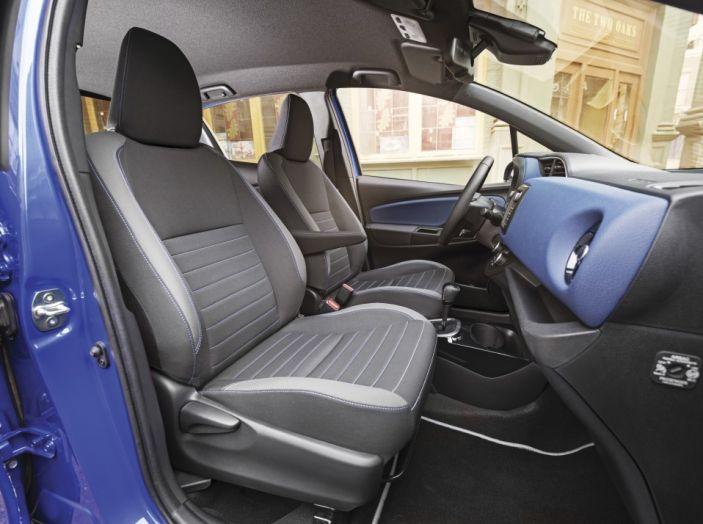 Nuova Toyota Yaris Hybrid 2017: prova su strada, consumi e prestazioni - Foto 14 di 25