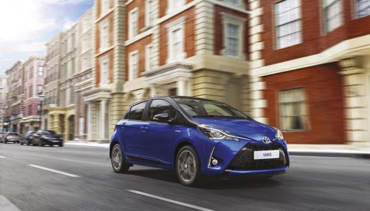 Nuova Toyota Yaris Hybrid 2017: prova su strada, consumi e prestazioni - Foto 19 di 25
