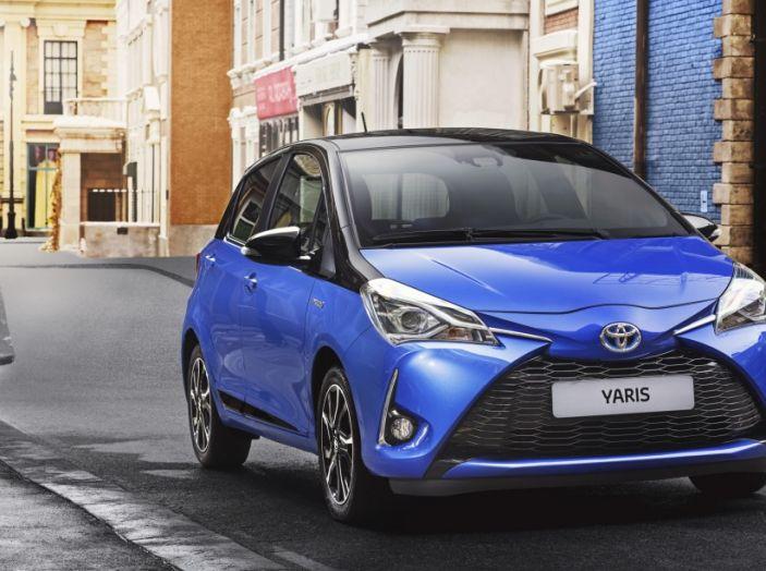 Nuova Toyota Yaris Hybrid 2017: prova su strada, consumi e prestazioni - Foto 22 di 25