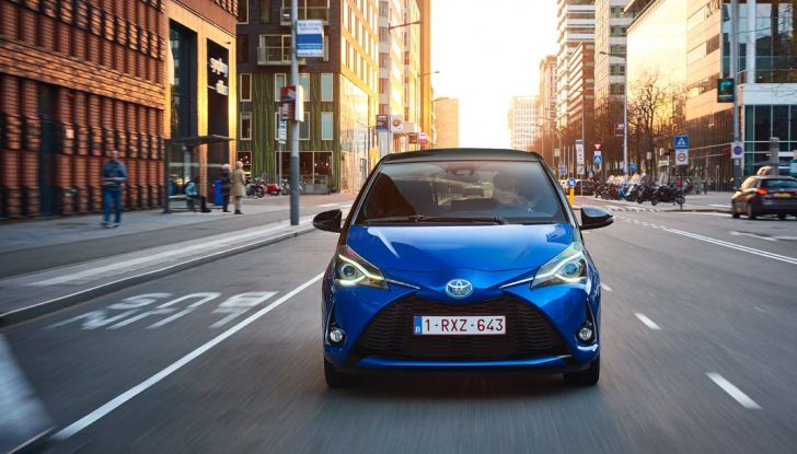 Nuova Toyota Yaris Hybrid 2017: prova su strada, consumi e prestazioni - Foto 25 di 25