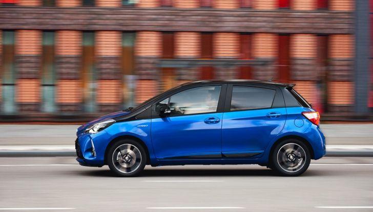 Nuova Toyota Yaris Hybrid 2017: prova su strada, consumi e prestazioni - Foto 4 di 25