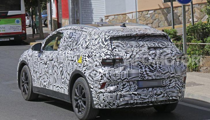 Volkswagen ID Crozz, l'auto elettrica del 2020 - Foto 5 di 22