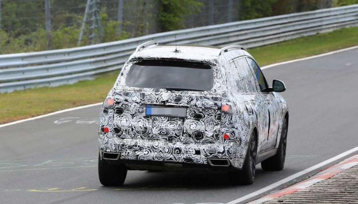 BMW X7 prime immagini spia e dettagli del nuovo SUV di lusso - Foto 15 di 15
