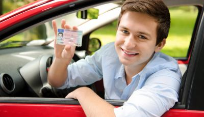 La patente di guida italiana è fuori norma per l'Unione Europea