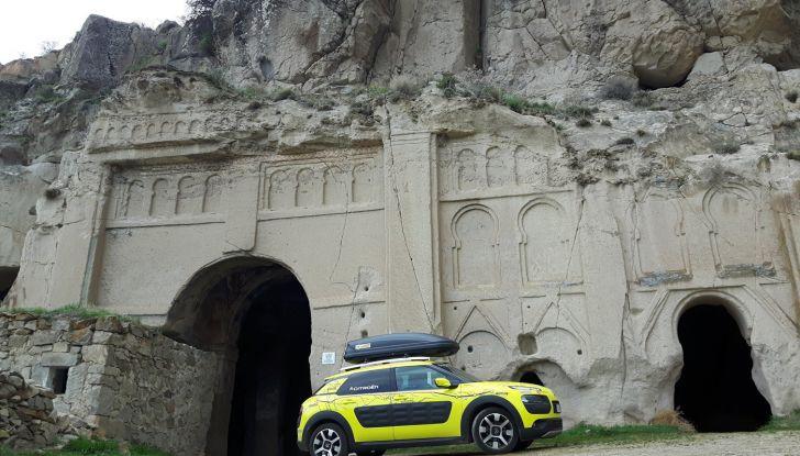 Citroën Avventura Gialla 2017: la C4 Cactus nella selvaggia Cappadocia - Foto 4 di 5