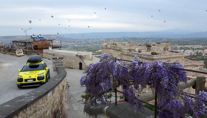 Citroën Avventura Gialla 2017: la C4 Cactus nella selvaggia Cappadocia - Foto 5 di 5