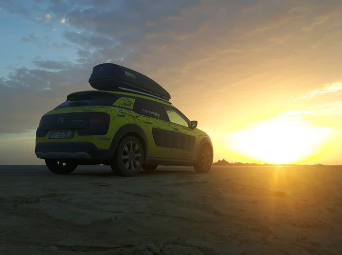 Citroën Avventura Gialla: la C4 Cactus arriva in Kazakistan - Foto 2 di 5