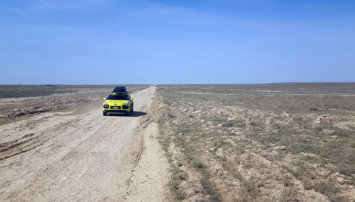 Citroën Avventura Gialla: la C4 Cactus arriva in Kazakistan - Foto 4 di 5