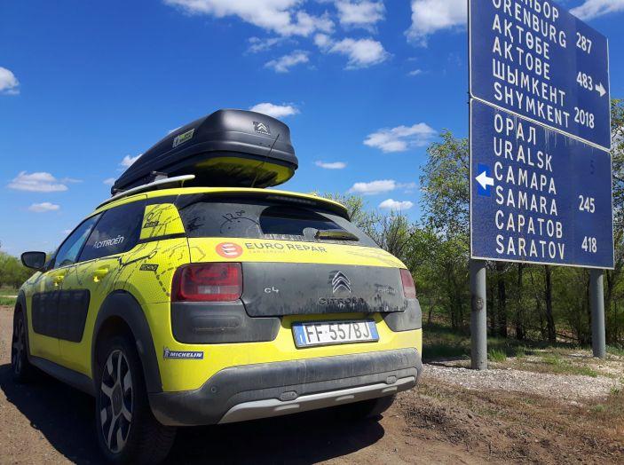 Citroën Avventura Gialla: la C4 Cactus si dirige verso il Kirghizistan - Foto 6 di 6