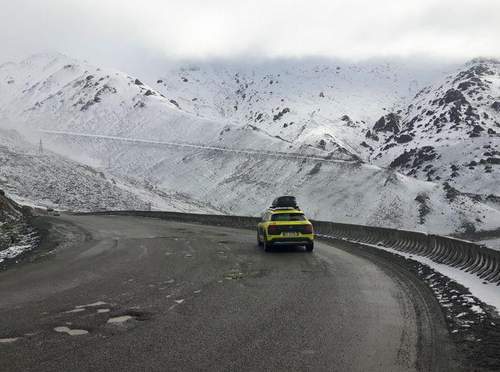 Citroën Avventura Gialla: la C4 Cactus attraversa il Kirghizistan - Foto 2 di 8
