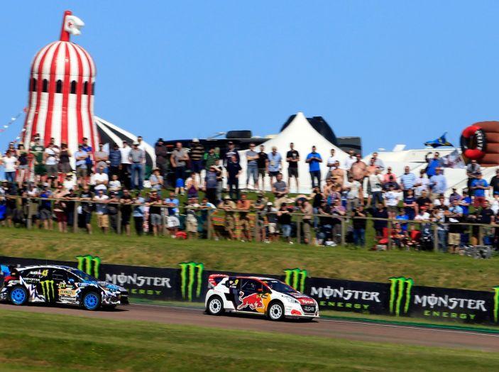 Il Team Peugeot Hansen al secondo posto del campionato del mondo di Rallycross - Foto 2 di 7