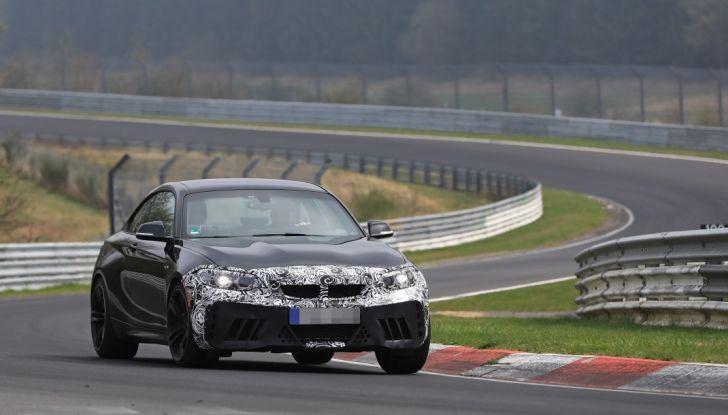BMW M2 Facelift 2018 prime foto spia - Foto 3 di 14