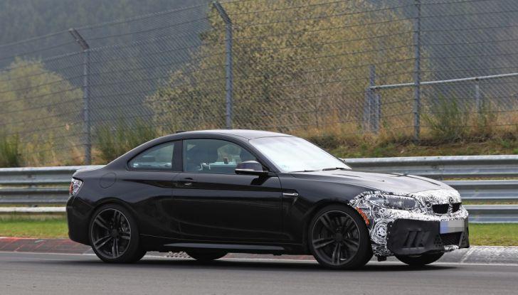 BMW M2 Facelift 2018 prime foto spia - Foto 5 di 14