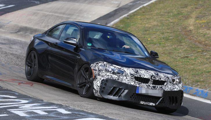 BMW M2 Facelift 2018 prime foto spia - Foto 11 di 14