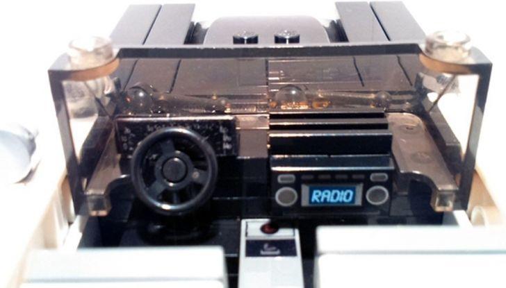 La BluesMobile di Lego: in arrivo l'auto di Jake ed Elwood - Foto 6 di 12