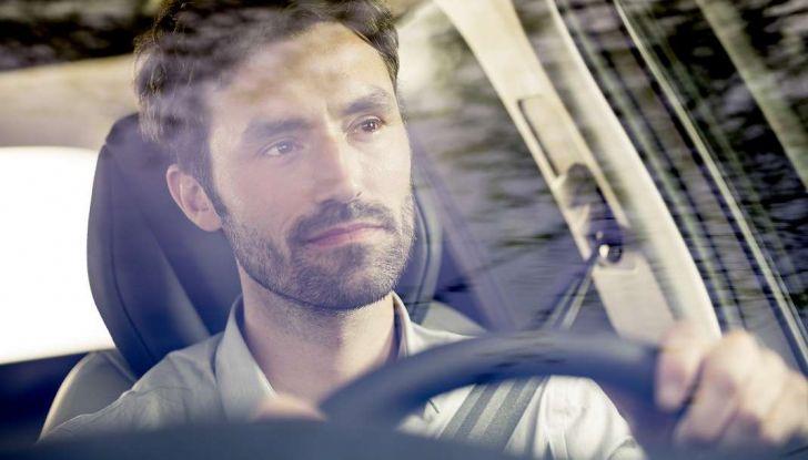Citroën e il sistema di sorveglianza dell'angolo morto - Foto 12 di 15