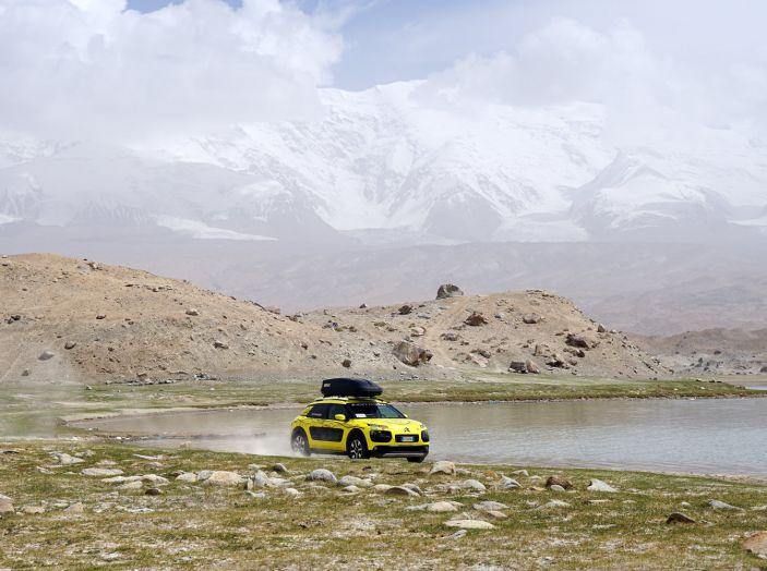 Citroën Avventura Gialla: il confine cinese ed il cambio di equipaggio - Foto 1 di 5