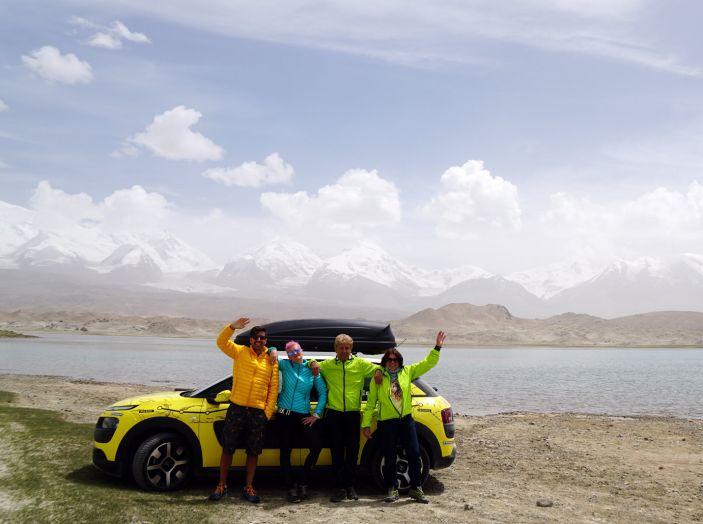 Citroën Avventura Gialla: il confine cinese ed il cambio di equipaggio - Foto 2 di 5