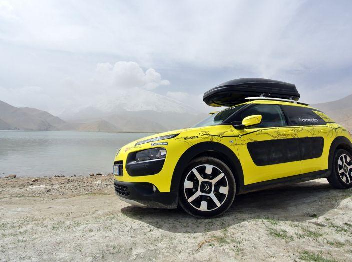 Citroën Avventura Gialla: il confine cinese ed il cambio di equipaggio - Foto 4 di 5