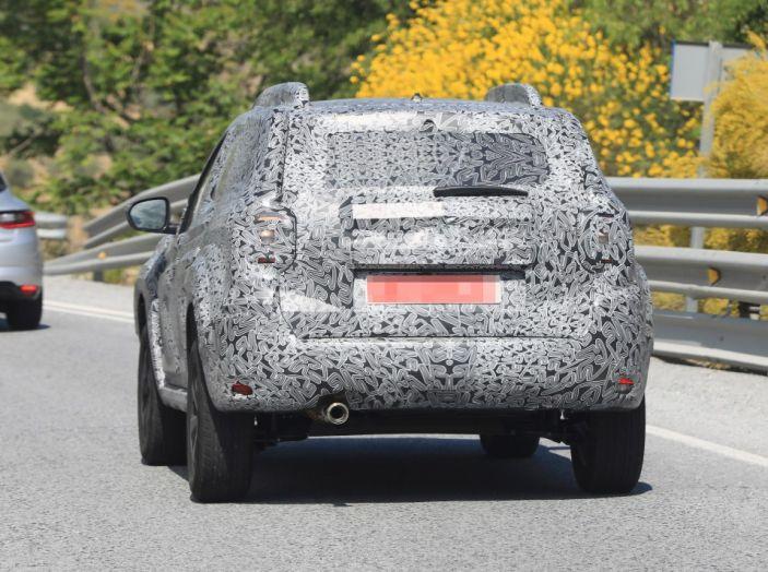 Dacia Duster 2019: linee più imponenti per la seconda serie - Foto 12 di 13