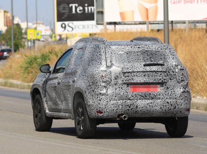 Dacia Duster 2019: linee più imponenti per la seconda serie - Foto 10 di 13