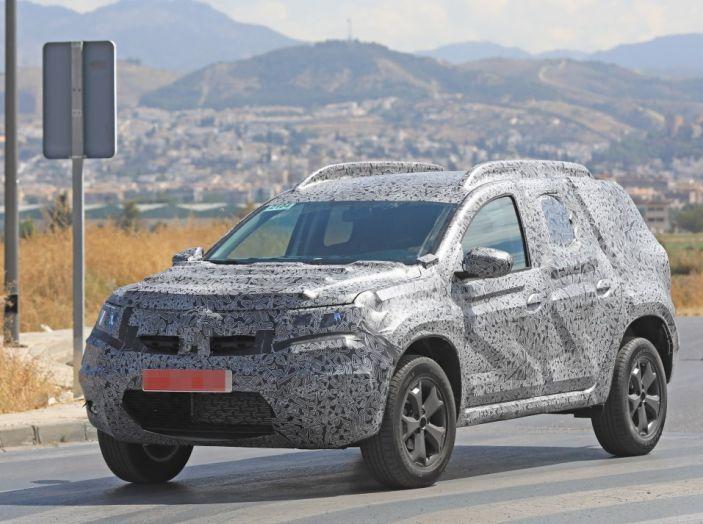 Dacia Duster 2019: linee più imponenti per la seconda serie - Foto 6 di 13