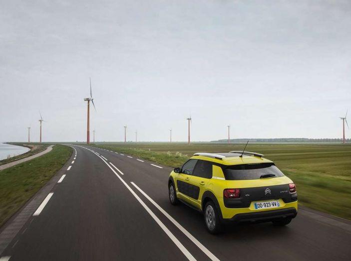 Dispositivi di sicurezza Citroën: Riconoscimento dei Limiti di Velocità - Foto 10 di 12
