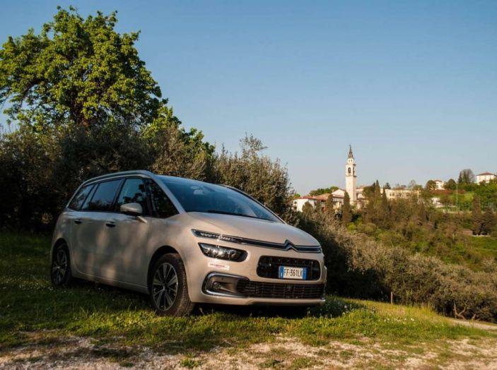 Citroën Grand C4 Picasso automatica : la nostra prova del Diesel da 120CV - Foto 26 di 37