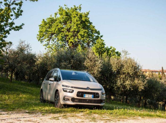 Citroën Grand C4 Picasso automatica : la nostra prova del Diesel da 120CV - Foto 27 di 37