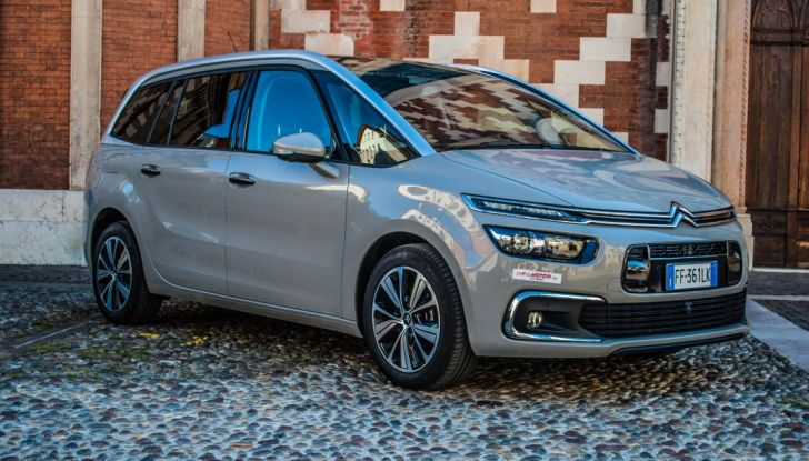 Citroën Grand C4 Picasso automatica : la nostra prova del Diesel da 120CV - Foto 4 di 37