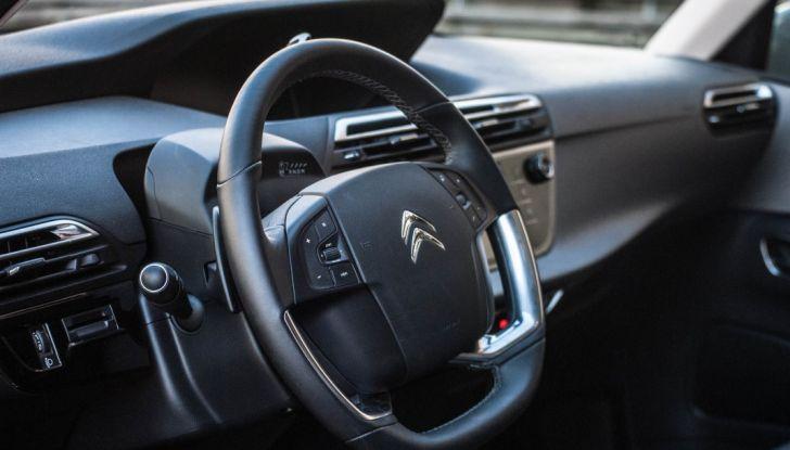 Citroën Grand C4 Picasso automatica : la nostra prova del Diesel da 120CV - Foto 14 di 37