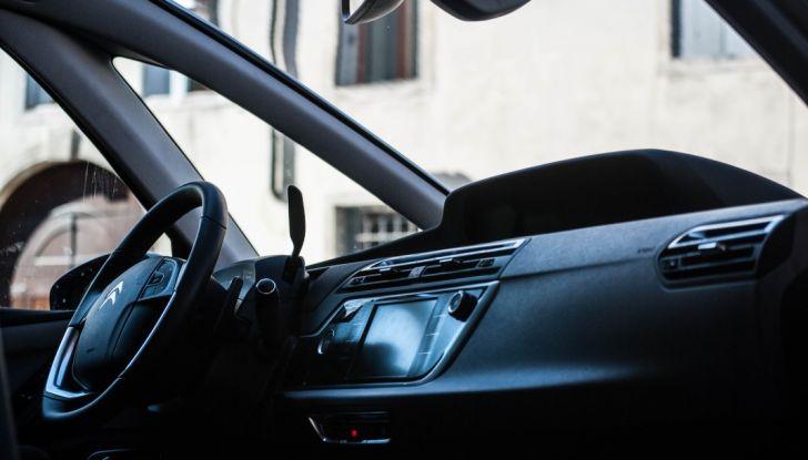 Citroën Grand C4 Picasso automatica : la nostra prova del Diesel da 120CV - Foto 15 di 37