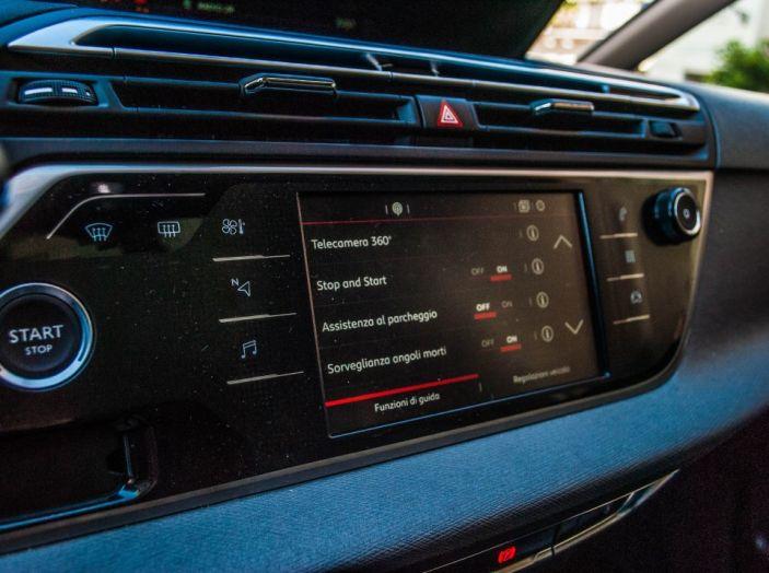 Citroën Grand C4 Picasso automatica : la nostra prova del Diesel da 120CV - Foto 19 di 37