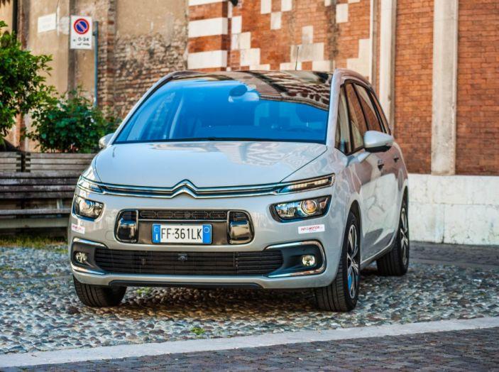 Citroën Grand C4 Picasso automatica : la nostra prova del Diesel da 120CV - Foto 8 di 37
