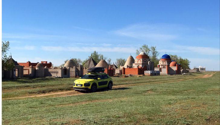 Citroën Avventura Gialla: la C4 Cactus si dirige verso il Kirghizistan - Foto 5 di 6