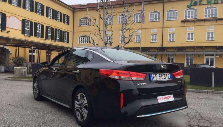 Kia Optima Plug-in Hybrid, prova su strada e impressioni di guida - Foto 1 di 22