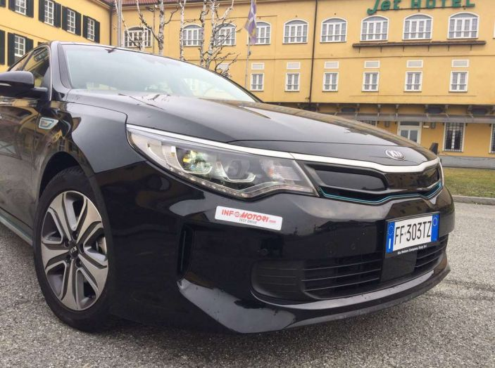 Kia Optima Plug-in Hybrid, prova su strada e impressioni di guida - Foto 6 di 22