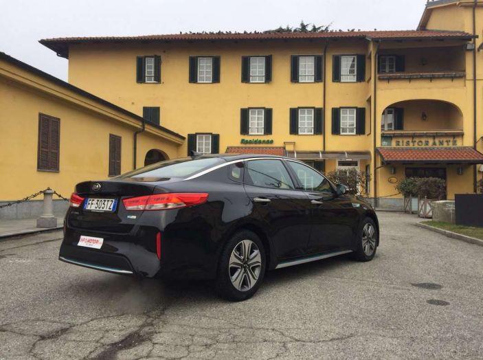 Kia Optima Plug-in Hybrid, prova su strada e impressioni di guida - Foto 3 di 22