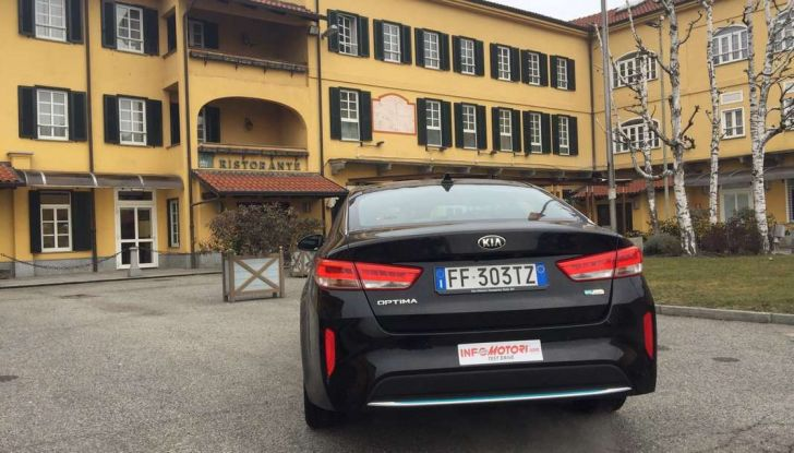 Kia Optima Plug-in Hybrid, prova su strada e impressioni di guida - Foto 10 di 22