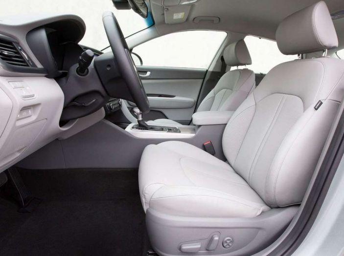 Kia Optima Plug-in Hybrid, prova su strada e impressioni di guida - Foto 15 di 22