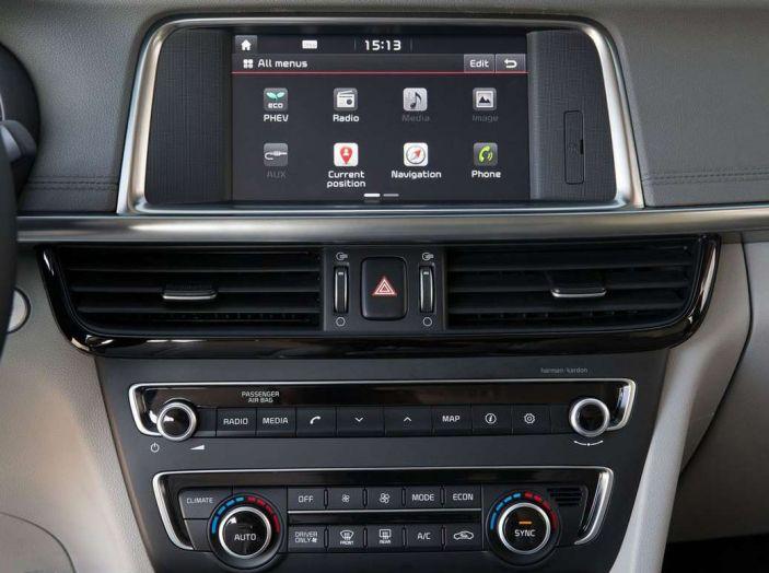 Kia Optima Plug-in Hybrid, prova su strada e impressioni di guida - Foto 7 di 22