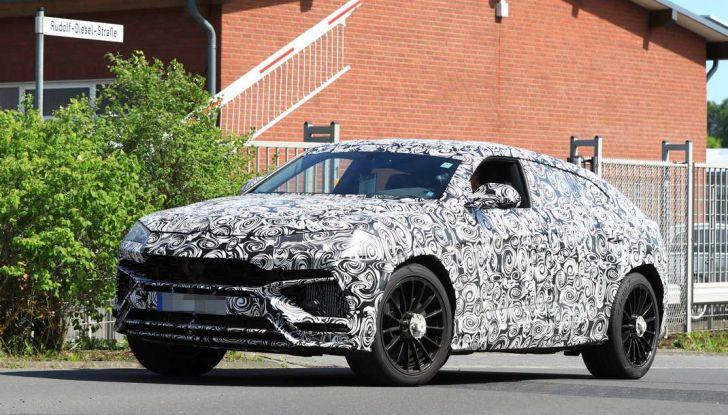 Lamborghini Urus, il SUV di lusso con V8 da 650 CV - Foto 11 di 41
