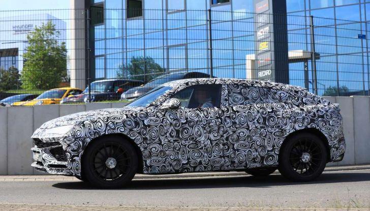 Lamborghini Urus, il SUV di lusso con V8 da 650 CV - Foto 21 di 41