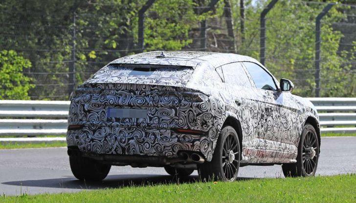 Lamborghini Urus, il SUV sportivo si scatena tra le sabbie delle dune - Foto 38 di 41