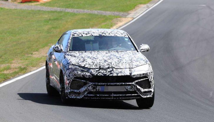Lamborghini Urus, il SUV di lusso con V8 da 650 CV - Foto 39 di 41