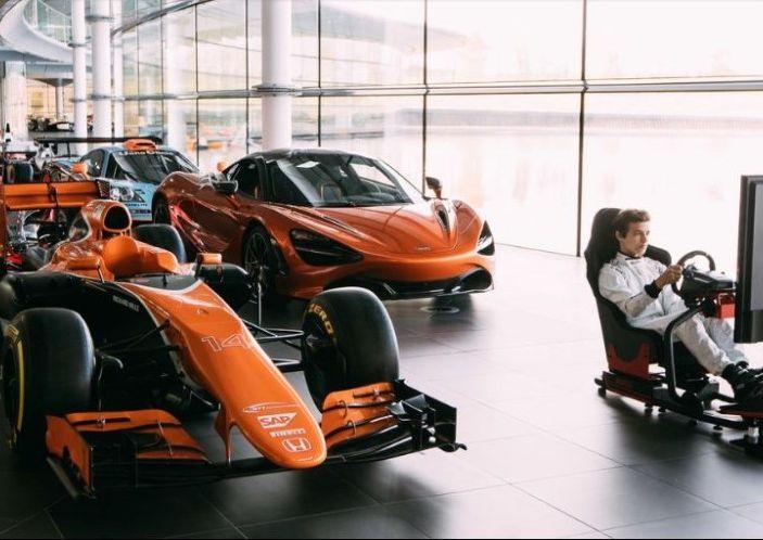 Lavoro da Gamer: su PC e Console con il team McLaren Honda Formula 1 - Foto 1 di 9