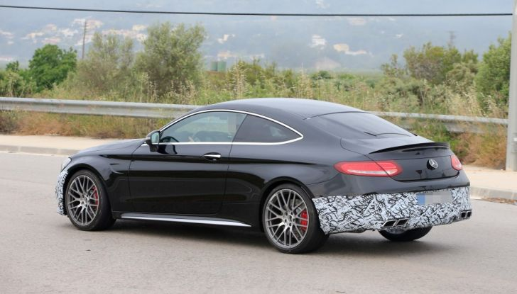 Mercedes AMG C63 Coupé 2018, pronti all'evoluzione - Foto 7 di 9
