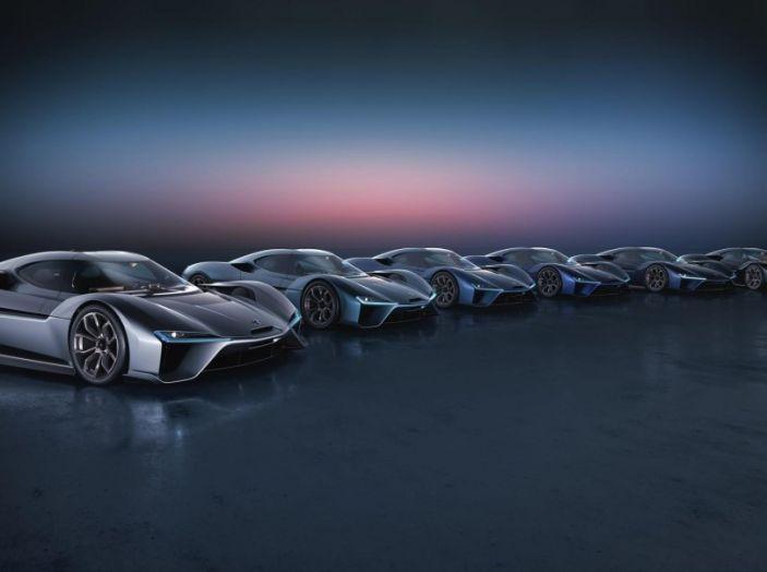 Nuovo record al Nurburgring: la NIO EP9 è la supercar elettrica da 6'45.900 - Foto 12 di 19
