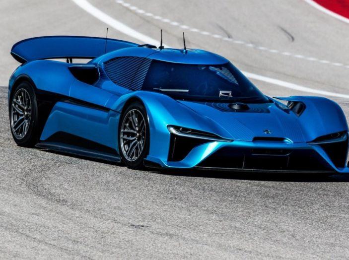 Nuovo record al Nurburgring: la NIO EP9 è la supercar elettrica da 6'45.900 - Foto 7 di 19