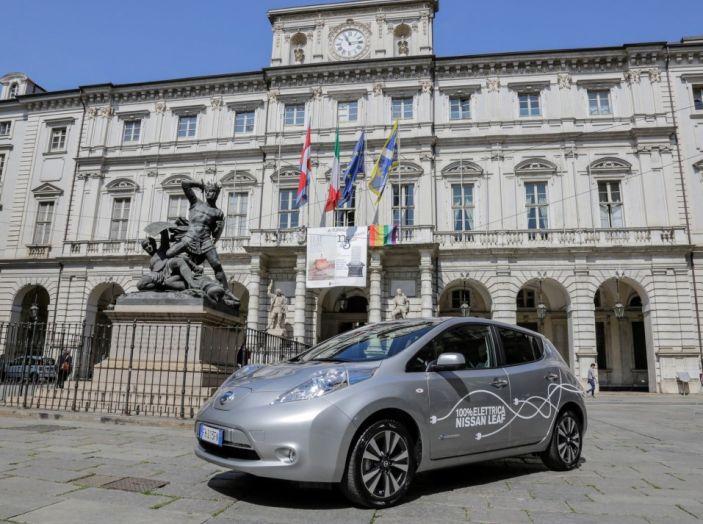 Espansione elettrica: una Nissan Leaf per il Sindaco di Torino - Foto 1 di 17